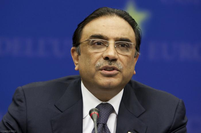 Zardari condemns brutal killing of PIA employees